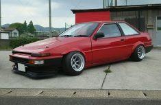 AE86 GT F and R 13-10 -32 Tires 175-60-13