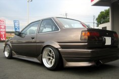 AE86 Levin FR15-9.0 -13 RR15-9.5 -19 Tires 195-50-15 view 3