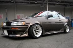 AE86 Levin FR15-9.0 -13 RR15-9.5 -19 Tires 195-50-15